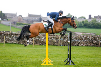 Christopher Smith takes top spot in the Equitop Myoplast Senior Foxhunter Second Round at North Cumbria Area Show