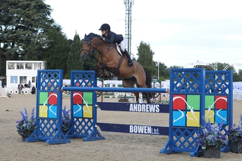 Ellen Whitaker takes the glory in the Horse of the Year Show Wild Card Qualifier