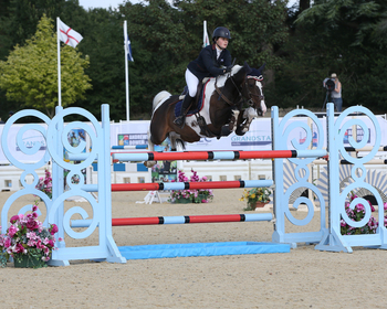 Nicole Lockhead Anderson continues her winning streak in the National 148cm Championship Final