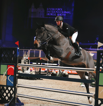 Peter Moloney wins opening Intl class at Liverpool International Horse Show