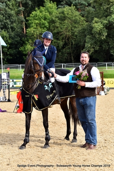 Polly Gains First Win at Bolesworth