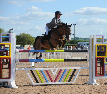 Shaunie Greig dominates the Equithème Leading Pony Showjumper of the Year Qualifier at Arena UK
